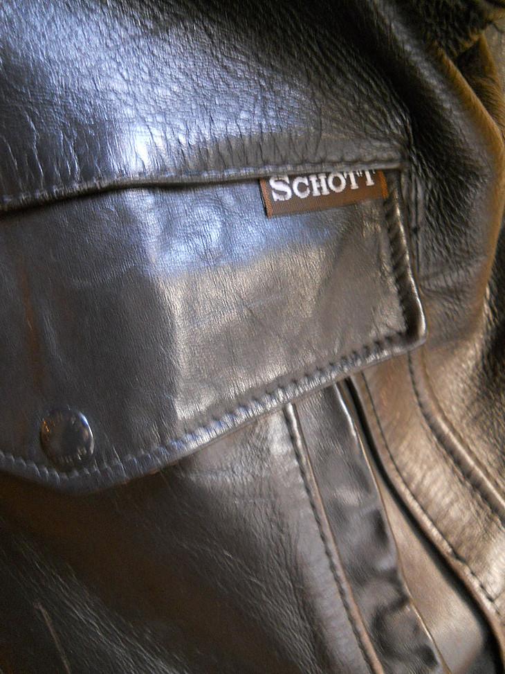 brown_schott_012.jpg